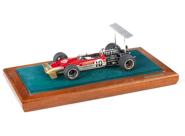A fine 1:20 scale scratch-built model of Graham Hill's 1968 Mexican Grand Prix winning Lotus 49B racing car, by renowned model engineer Gerald Wingrove
