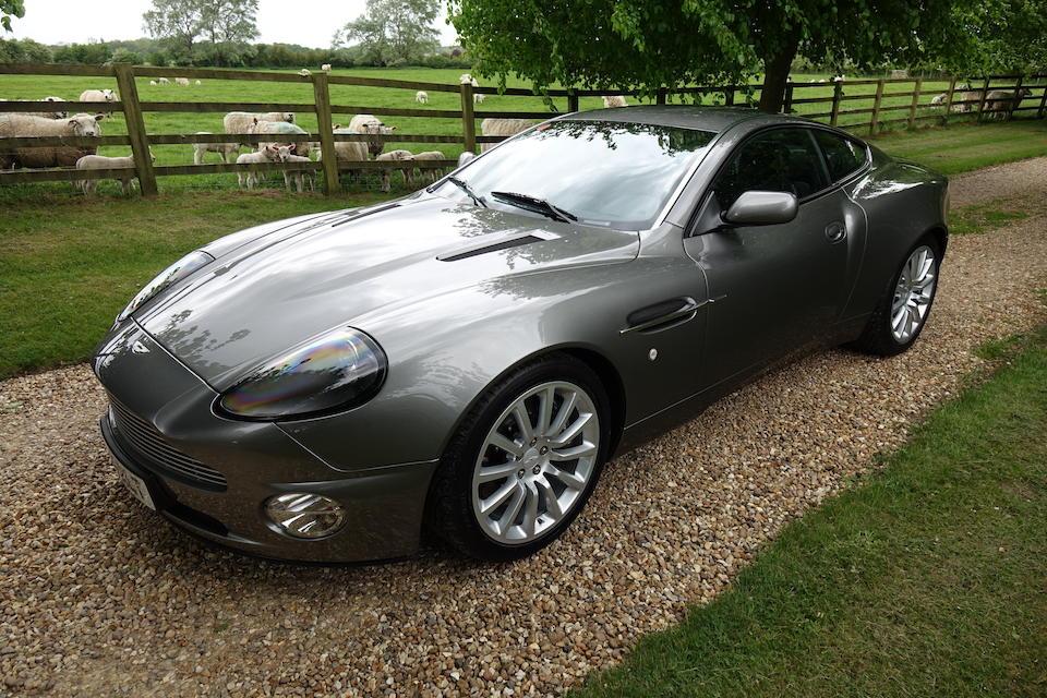 2004 Aston Martin Vanquish Coupé  Chassis no. SCFAC233X3B501243