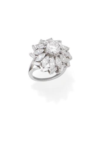 A mid 20th century diamond cluster ring, French