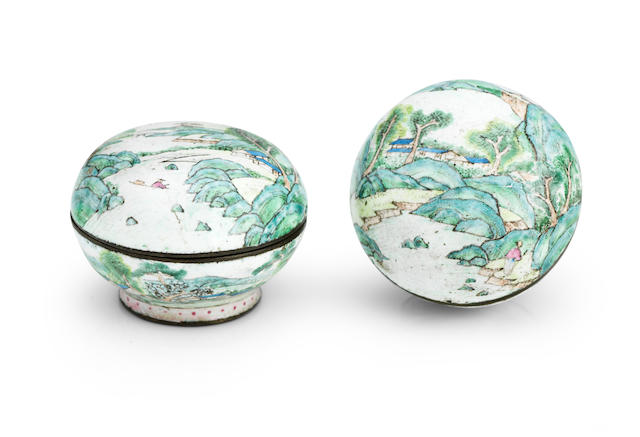 A pair of miniature Canton enamel boxes Qianlong mark and period (4)