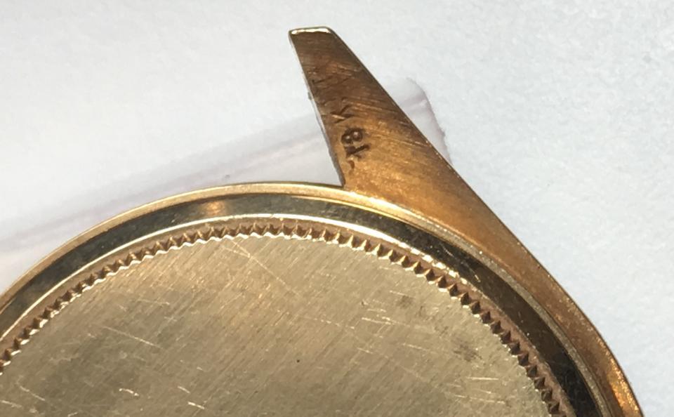 Rolex. An 18K gold manual wind chronograph wristwatch  Cosmograph, Ref: 6263, Circa 1982