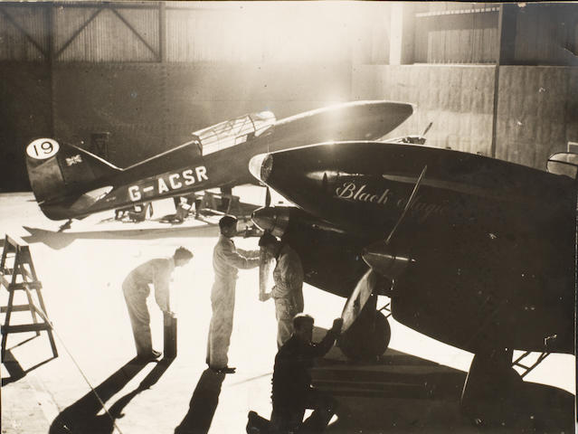 21 photographs of aeroplanes and flyingboats,  ((Qty))