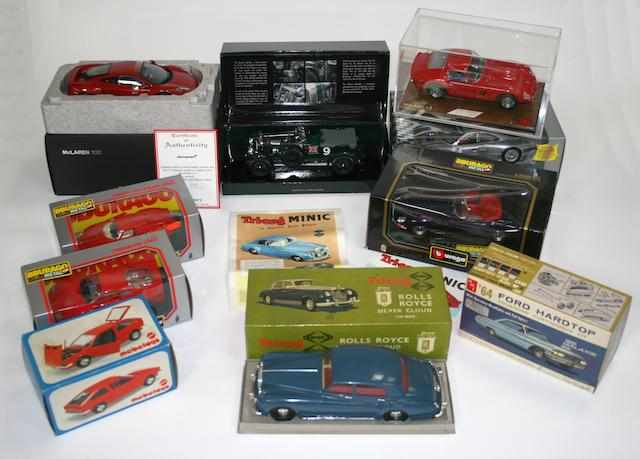 Assorted boxed scale models,   ((Qty))