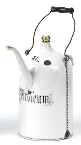 A 5 Litre Petroleum priming kettle,