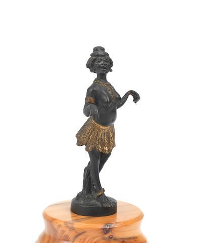 RARE MASCOTTE ART DECO « LA VENUS NOIRE JOSEPHINE BAKER » PAR A. RENEVEY, FABRICATION FRANÇAISE, CIRCA 1926,