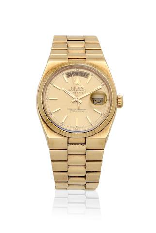 Rolex. An 18K gold quartz calendar bracelet watch  Oysterquartz Day-Date, Ref: 69173, Circa 1987