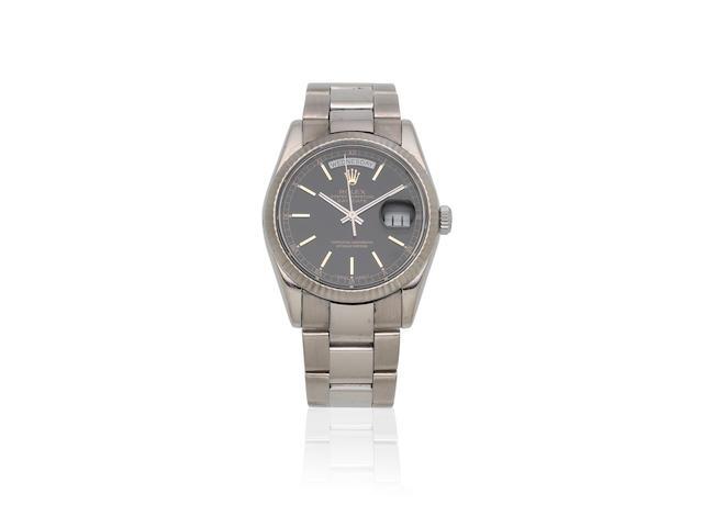 Rolex. A fine 18K white gold automatic calendar bracelet watch  Day-Date, Ref: 118239, Sold 23rd March 2001