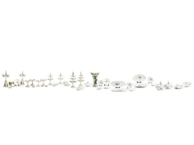 A very extensive Meissen porcelain 'Deutsche Blumen' dinner service 19th/early 20th century