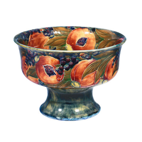 An Early Moorcroft Pomegranate pattern Bowl for Liberty & Co. ARTIST SIGNATURE, CIRCA 1915