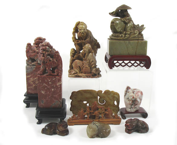 A collection of hardstone and soapstone carvings (14)