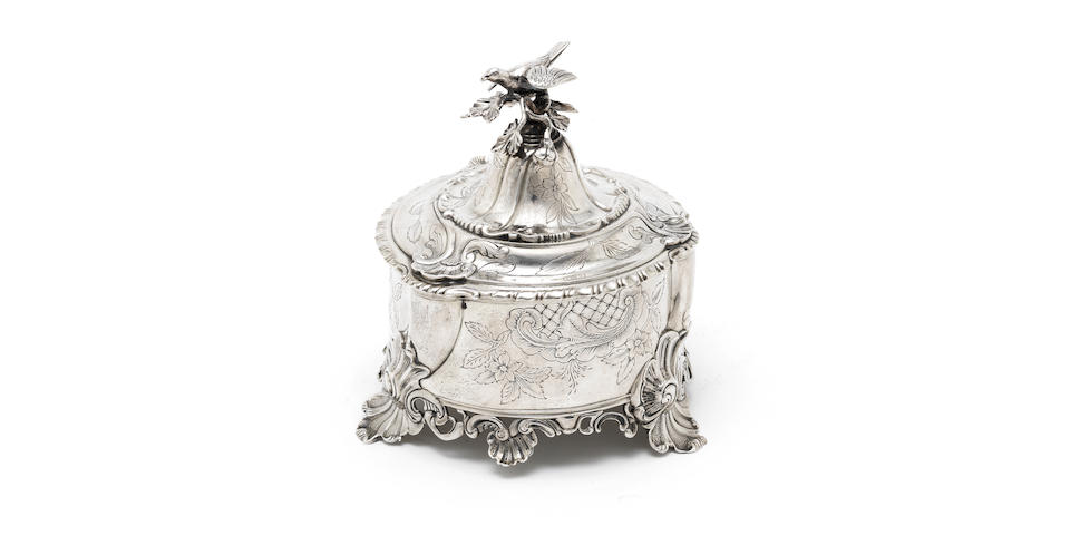 An 18th Century Dutch silver tobacco box by Hermanus Heuvel, Amsterdam 1774