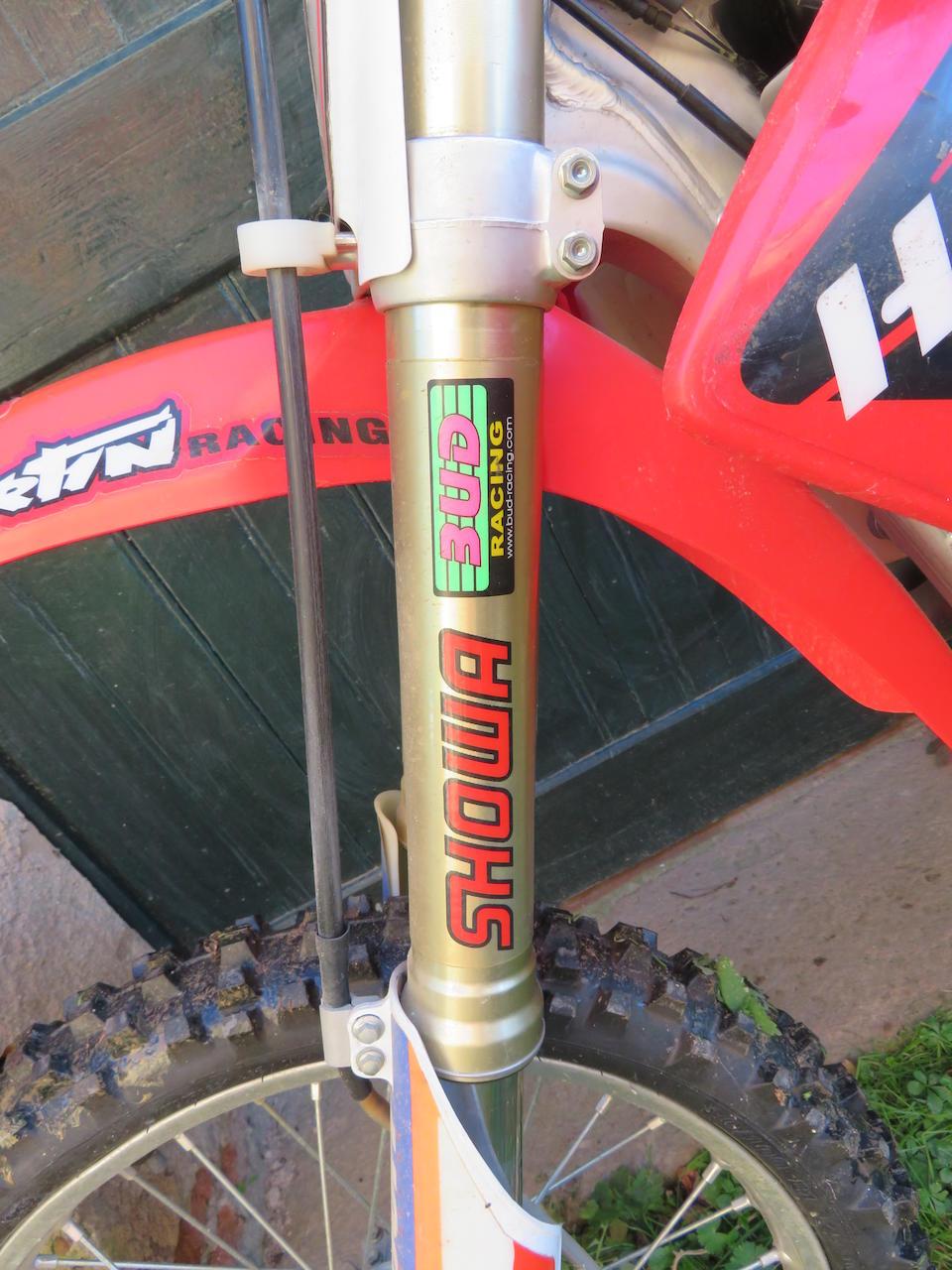 c.2005 Honda 449cc CRF450R Frame no. JH2PE05AX5M302324 Engine no. PE05E-2311054