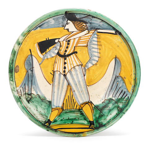 A Montelupo maiolica dish, late 17th or early 18th century