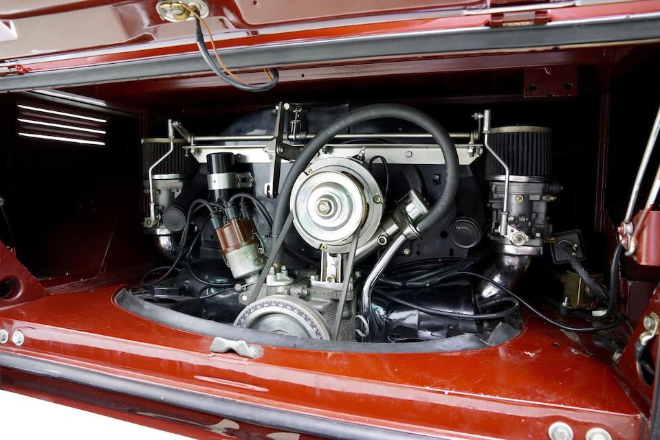 1967 Volkswagen Type 2 Minibus Deluxe 21-Window    Chassis no. 247101108