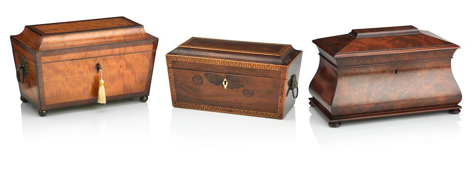 A 19th century mahogany tea caddy (3)