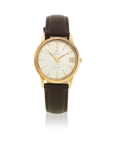 Universal Genève. An 18K gold automatic calendar wristwatch  Polerouter, Circa 1960