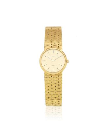 Vacheron Constantin. A lady's 18K gold quartz bracelet watch Ref: 60002, Circa 1990