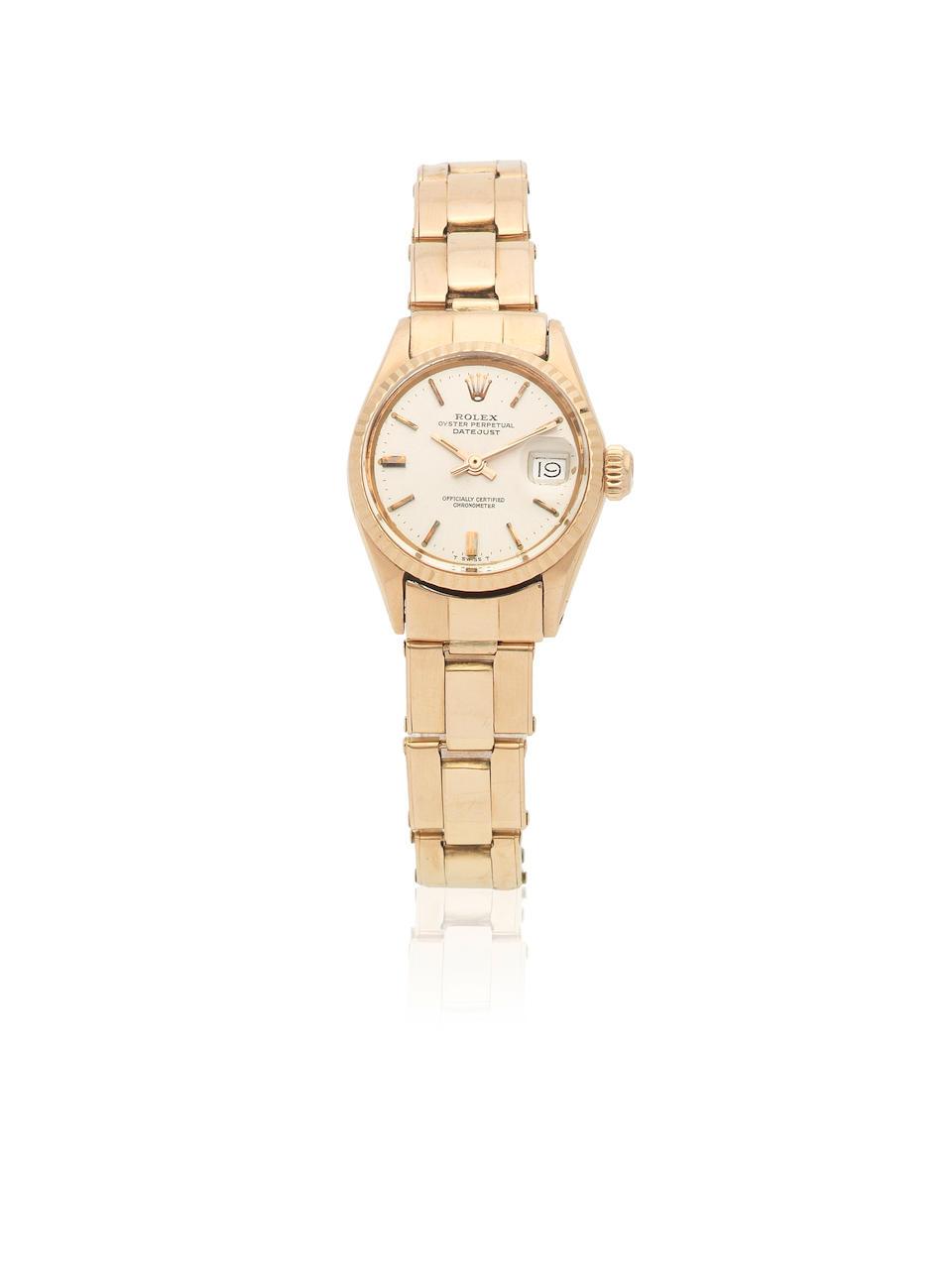Rolex. A lady's 18K rose gold automatic bracelet watch  Datejust, Ref: 6517, Circa 1963
