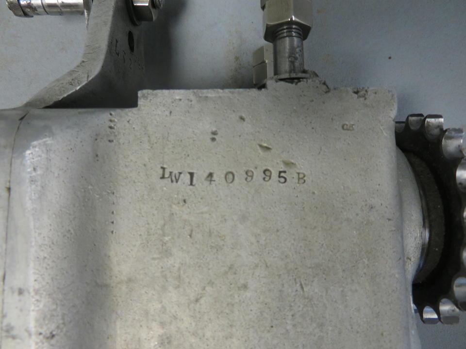 A Sturmey Archer 2-stud gearbox