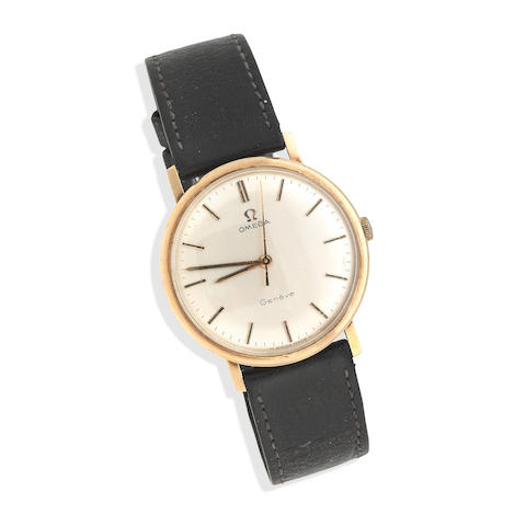 Omega: A 9ct gold gents wristwatch London 1971