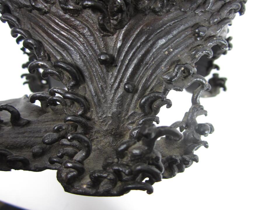 A bronze vase depicting Shiba Onko Meiji era