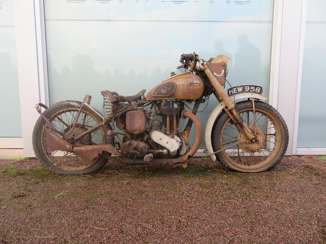c.1940 Ariel 346cc Military Motorcycle Project Frame no. none visible Engine no. RBH 41597
