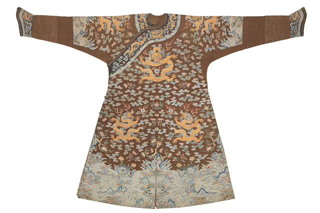 A very rare Imperial chestnut-ground gauze silk summer 'dragon' robe, jifu Qianlong