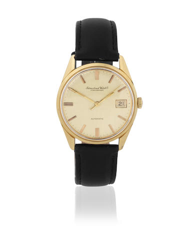 International Watch Company. An 18K gold automatic calendar wristwatch Ref: 810A, Circa 1963, Dublin Import mark for 1967