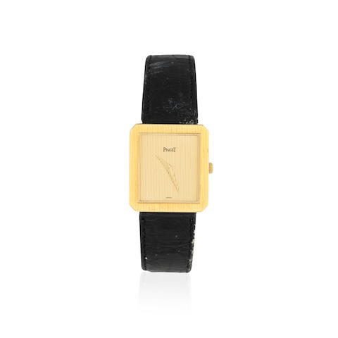 Piaget. An 18K gold quartz rectangular wristwatch Protocol, Ref: 8154 N, Sold 28th September 1999