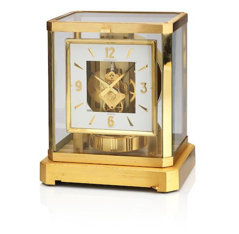 Jaeger Le Coultre: An Atmos clock Caliber 528-8