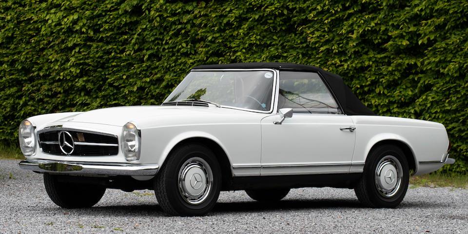 1968 Mercedes-Benz  280 SL Pagoda  Chassis no. 113.044.1000 6006
