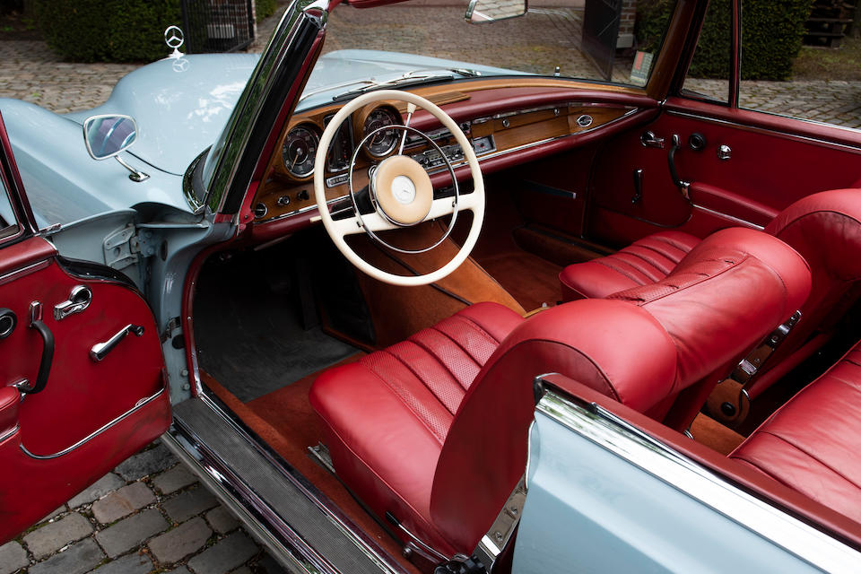 1963 Mercedes-Benz  220 SEb Cabriolet  Chassis no. 111023 12 040134