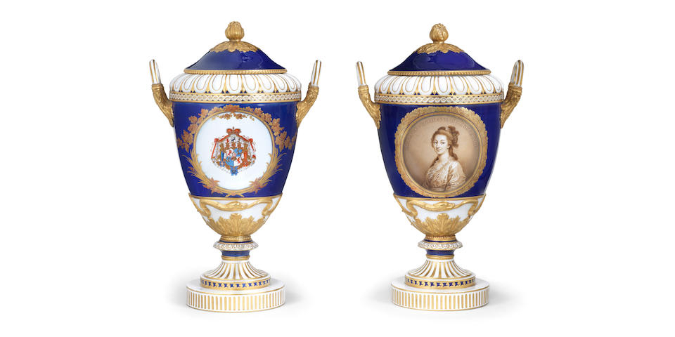 A pair of Berlin vases, 1785 circa, depicting Peter, Duke of Courlande, and his wife Dorothea
