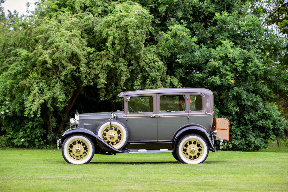 1930 Ford Model A Saloon