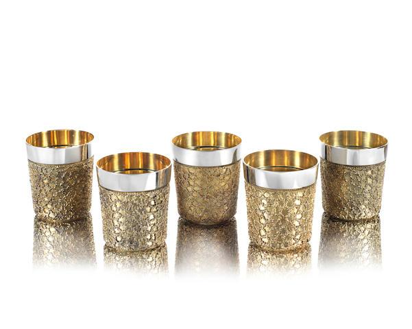 STUART DEVLIN: a set of five silver and silver-gilt beakers London 1978 (5)