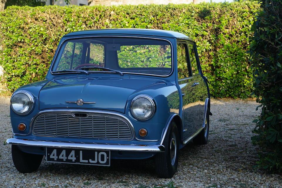 1959 Morris Mini Minor Deluxe Saloon  Chassis no. M/A2S4L/4864