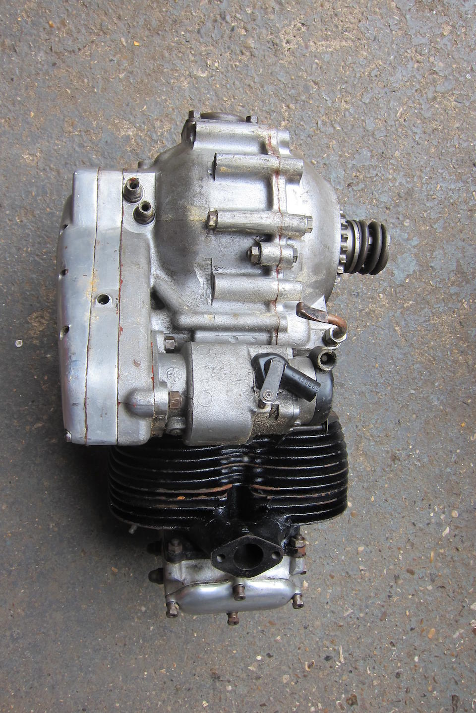 An Ariel 650 Twin cylinder engine