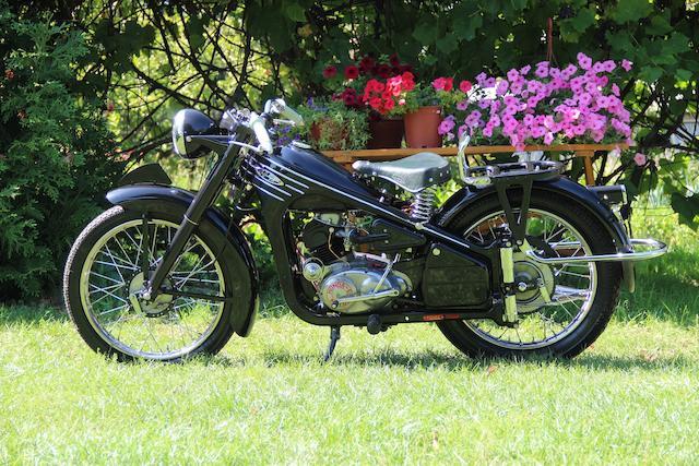 1953 Honda 145.5cc Dream 3E Frame no. D53-14876 Engine no. ED53-13971