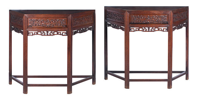 A pair of huanghuali side tables 19th century (2)