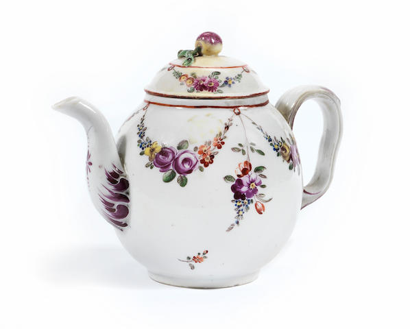 A small Italian teapot and cover, probably Vinovo porcelain Circa 1780