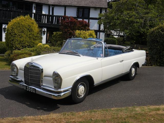 1963  Mercedes-Benz 220SE Cabriolet   Chassis no. 11102320048965