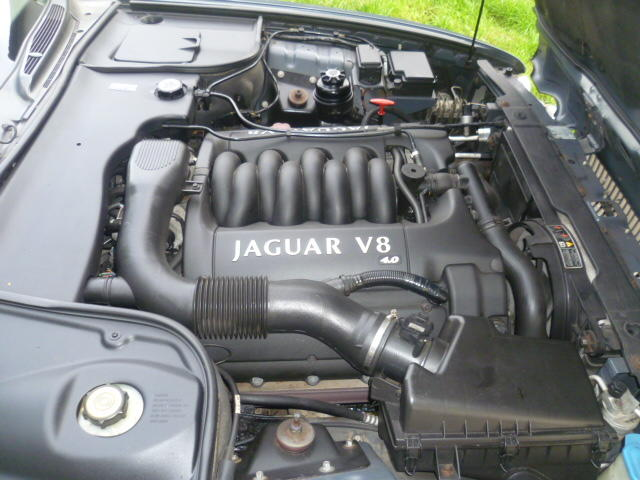 1999 Jaguar Sovereign V8 Auto  Chassis no. SAJAC23E4YLF01308