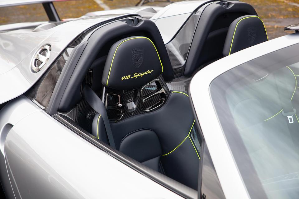 2015 Porsche 918 Spyder  Chassis no. WP0ZZZ91ZFS800118