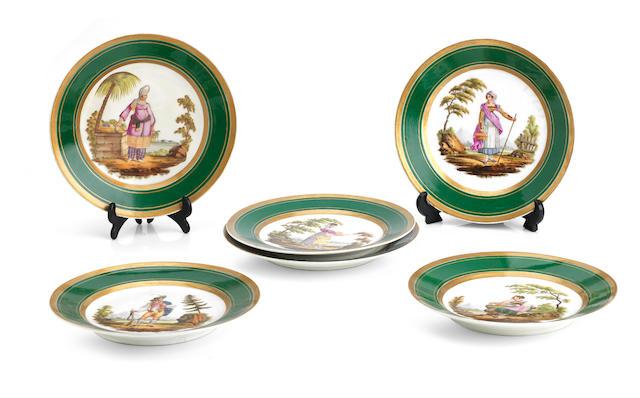 A set of six Paris porcelain cabinet plates19th Century