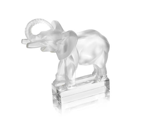 RENÉ LALIQUE (FRENCH, 1860-1945) A Post-War 'Éléphant' Paperweight, design introduced in 1931