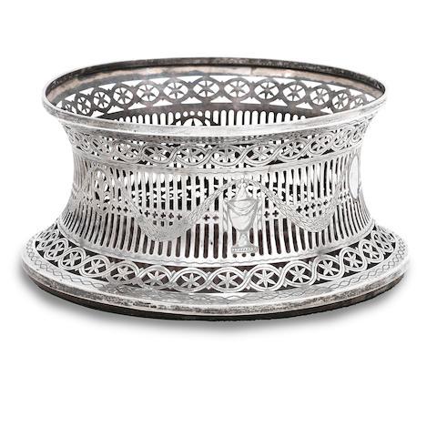An early 20th century Irish silver dish ring by Edmond Johnson, Dublin 1911