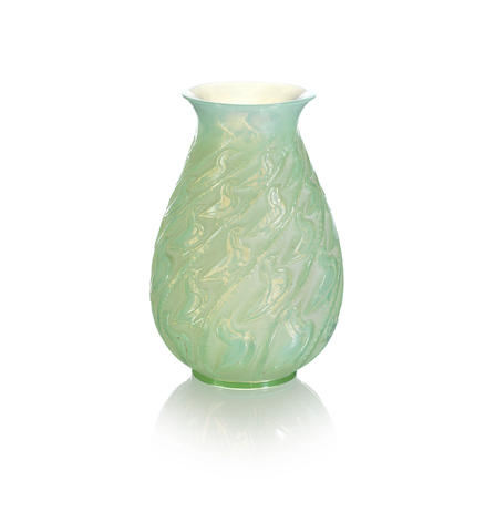 RENÉ LALIQUE (FRENCH, 1860-1945) A Rare Pre-War 'Canards' Vase, design introduced in 1931