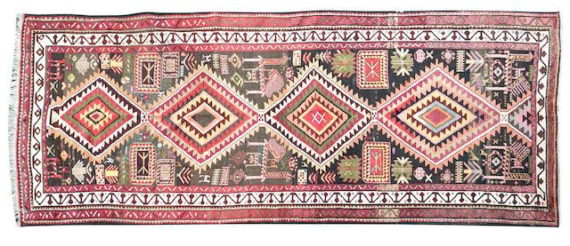 A Shirvan rug 309 x 127cm