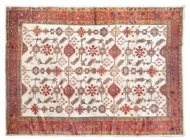 An Ushak carpet 360 x 270cm