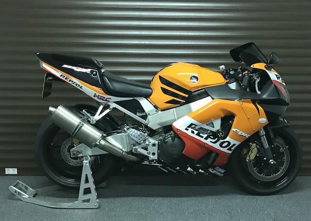 2000 Honda CB900RR Fireblade Frame no. JH2SC44AXYM008628 Engine no. SC44E2015869